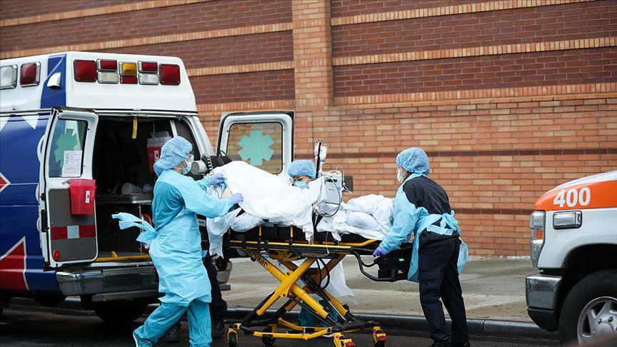 ABD salgının önüne geçemiyor! 1 günde 185 kişi koronavirüsten...