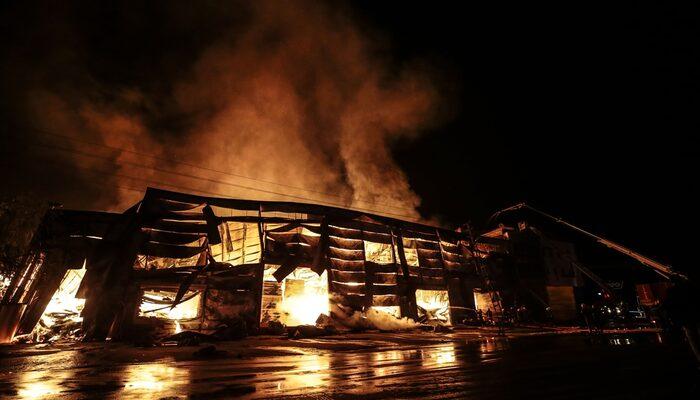 Ankara'da kereste fabrikasında yangın!