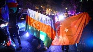 Azerbaycan'da Karabağ coşkusu