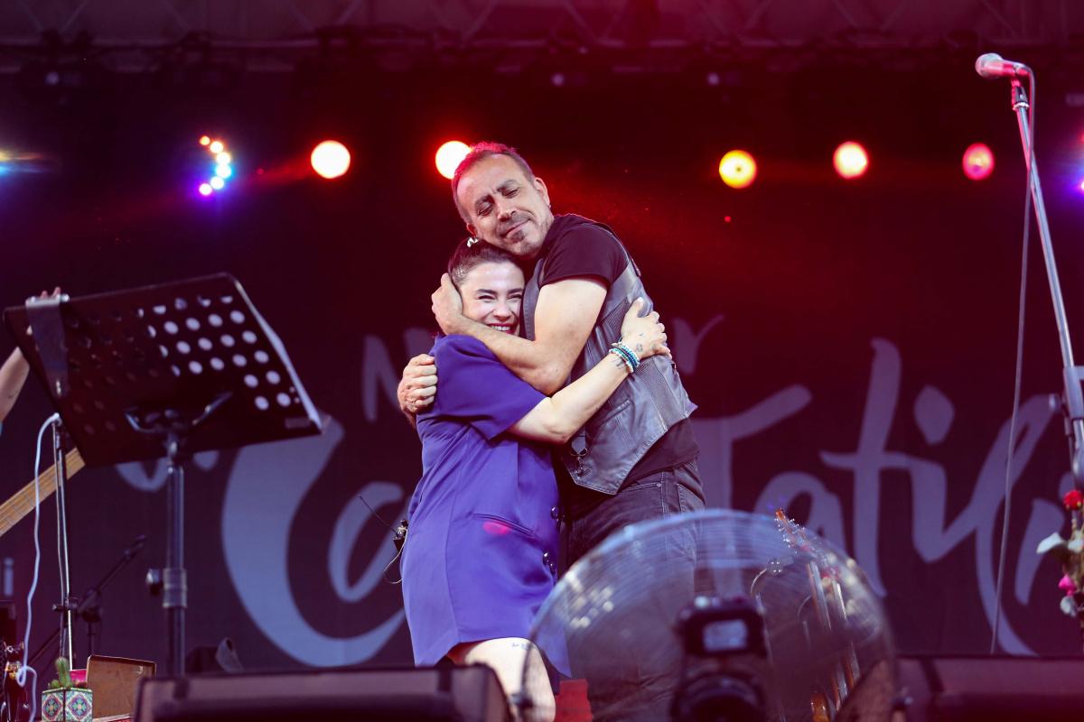 Ceylan Ertem konserinde Haluk Levent sürprizi