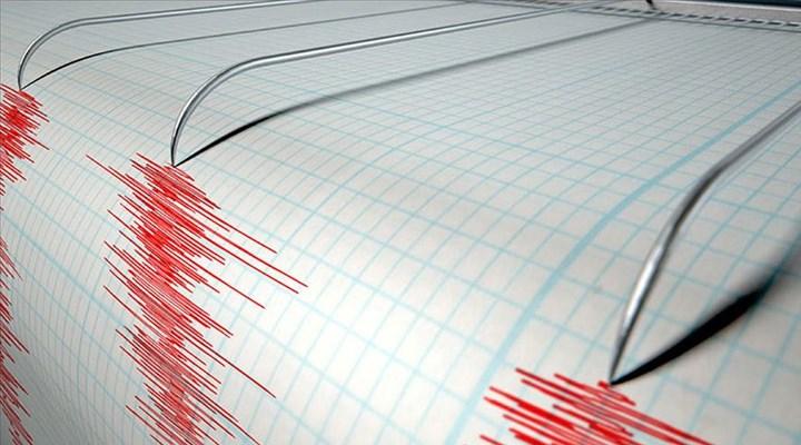 Dikili açıklarında 4,0 büyüklüğünde deprem