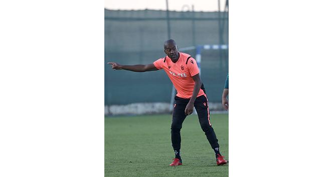Eddie Newton Trabzonspor'da hayal kırıklığı yaşattı