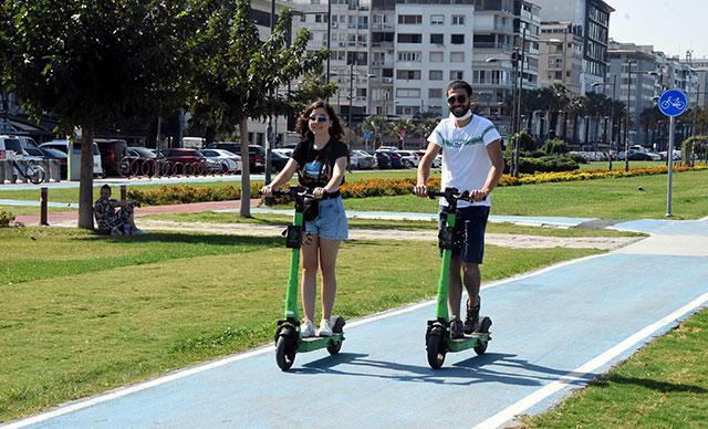 Elektrikli scooter kullanımında yeni düzenleme! 15 yaş altı kullanamayacak