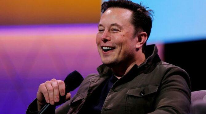 Elon Musk fabrikayı açtı corona vakaları patladı
