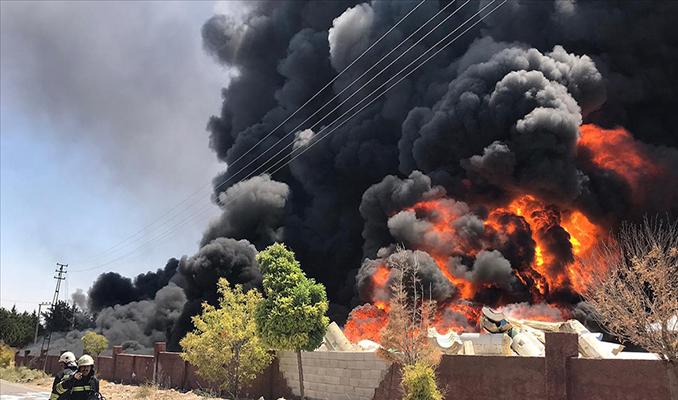 Gaziantep'te depoda büyük yangın