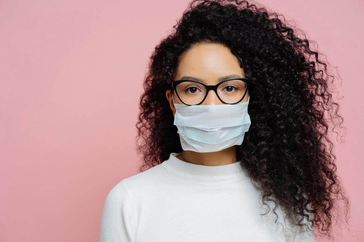 Gözlük kullananlar koronavirüse 3 kat daha az yakalanıyor