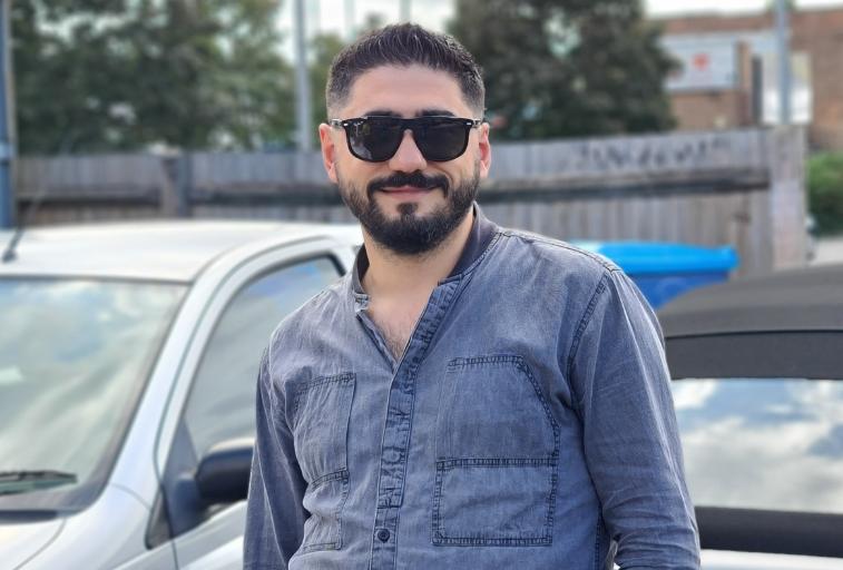 İngiltere'de yaşayan Türk yazılımcı Yunus Emre Kelkitli'den büyük atılım