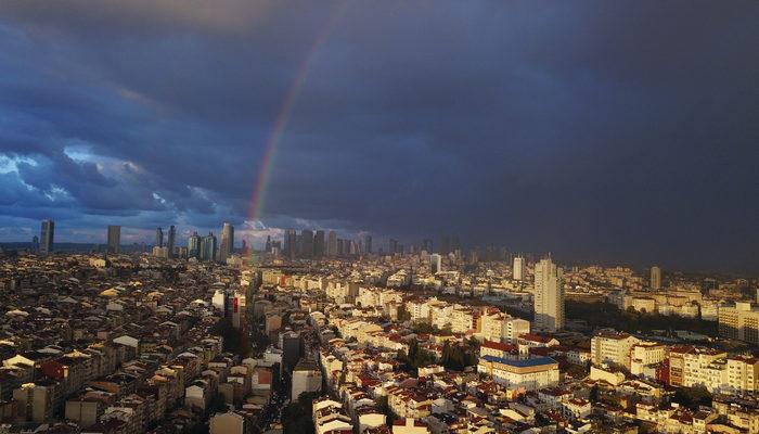 İstanbul'da gökkuşağı görsel şölen oluşturdu