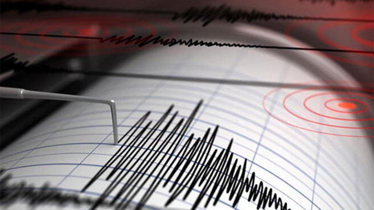 İzmir'de 5,1 büyüklüğünde bir deprem daha meydana geldi