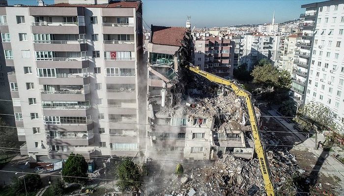 İzmir depreminde çöken Yılmaz Erbek Apartmanı için skandal iddia!