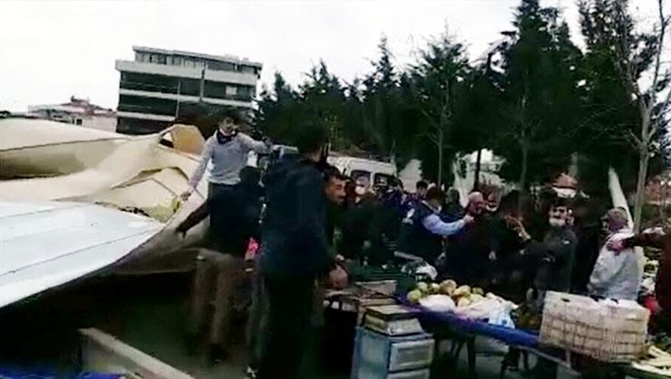 İzmirde fırtına felaketi! Uçan çatı pazar yerine düştü: Yaralılar...