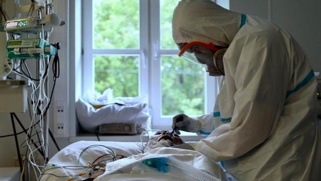Koronavirüse yakalanan kişilerin yüzde 20'sinin akıl sağlığı bozuluyor