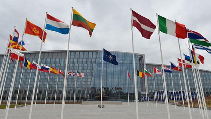 NATO Afganistan gündemiyle toplandı: Tüm destekler askıya alındı