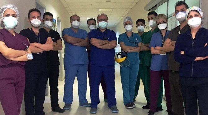 Prof. Dr. Yılmaz: Biz coronayla savaşırken, vatan hainleri villalarda parti veriyor