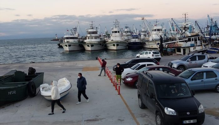 Saros Körfezi'nde balıkçı teknesi battı!