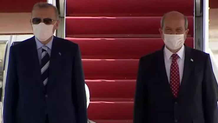 Son dakika: Cumhurbaşkanı Erdoğanın uçağı iniş yaptı, KKTC Cumhurbaşkanı...