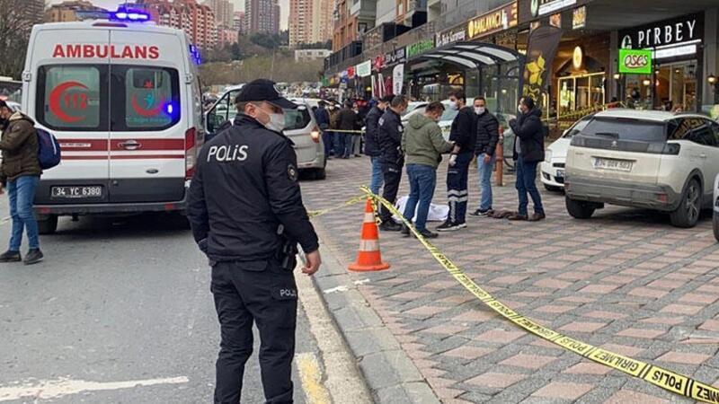 Son dakika: İstanbulda korku dolu anlar! Silahlı kavgada 2 kişi...