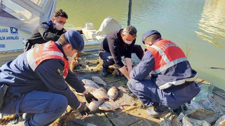 Tahtalı Barajı'nda balık avlayan 2 kişiye, 9 bin lira ceza
