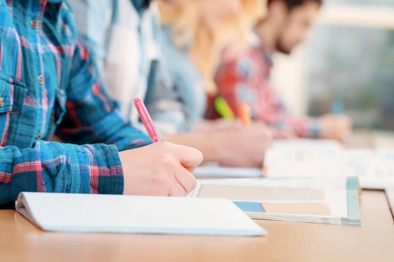 Üniversite Eğitiminde Dil Öğrenmenin Önemi