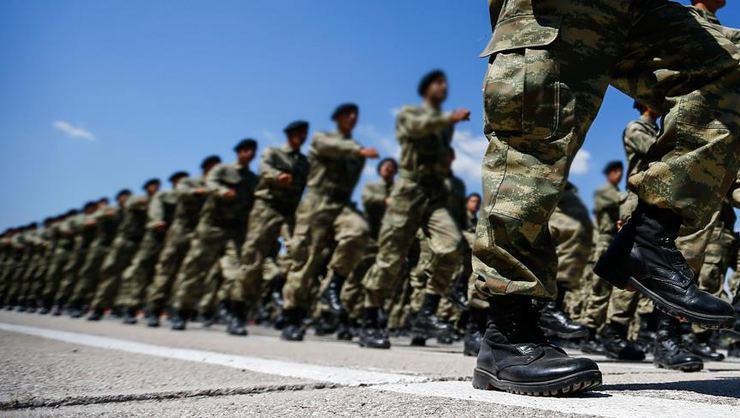 Yeni askerlik düzenlemesi komisyonda kabul edildi