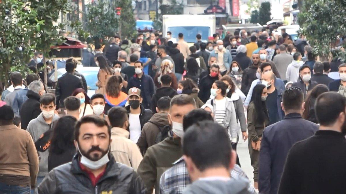 Taksim'de korkutan kalabalık #2