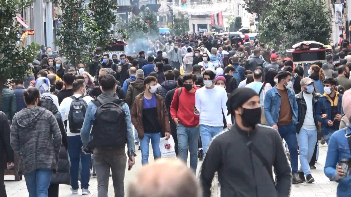 Taksim'de korkutan kalabalık #4