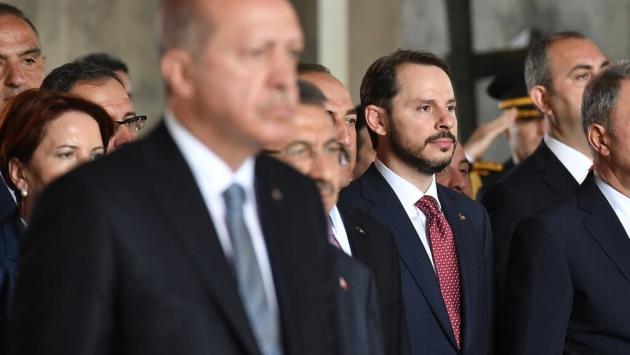Ankara sessizliğe gömüldü, iktidar medyası 12 saattir suskun: İstifa haberi neden verilmiyor?