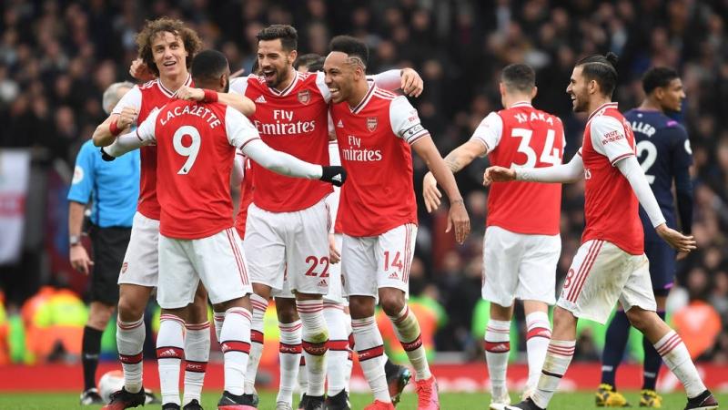 Arsenal Defans Hattında Şikâyet