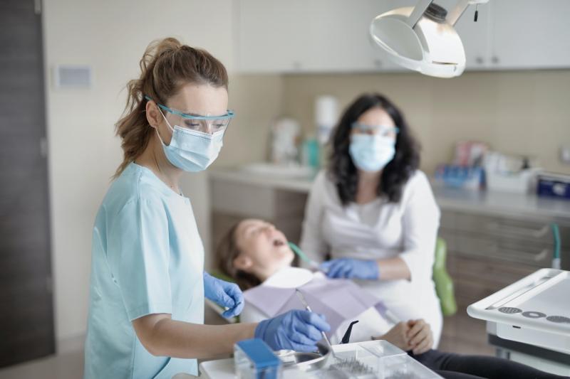 Diş Tedavilerinde Teknolojinin Rolü Büyük!