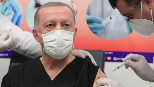 Erdoğan koronavirüs aşısı yaptırdı