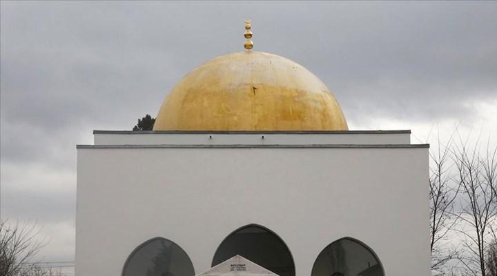 Fransa'da Müslüman Federasyonları ve bazı camilerden Fransız ürünlerini boykot çağrılarına kınama