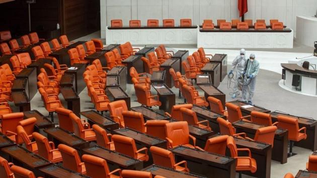 HaberTürk yazarı Sarıkaya: Pazartesiden itibaren milletvekillerine aşı yapılacak