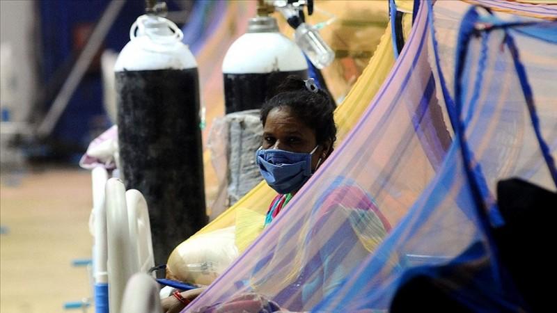 Hindistan'da can kaybı 320 bini aştı