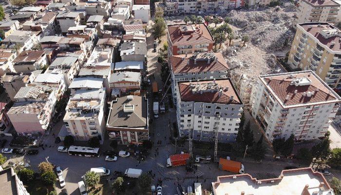 İzmir'de depremzedeleri bir de emlak dolandırıcıları vurdu