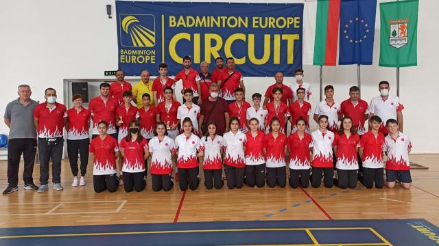 Milli badmintonculardan 4 madalya