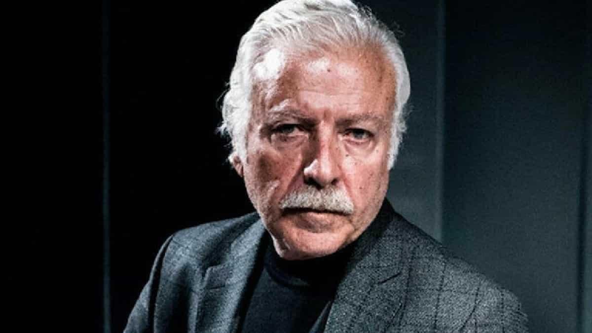 Sanatçı Ahmet Uz, hayatını kaybetti