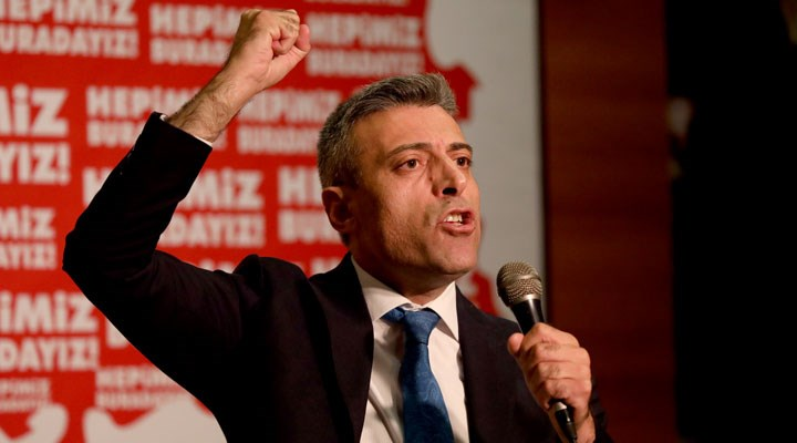 Yenilik Partisi Lideri Öztürk Yılmaz, tartıştığı yurttaşa 'hadi lan' dedi!